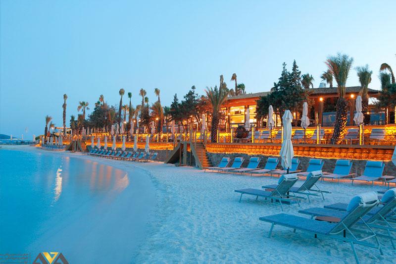 ساحل زیبای آلاچاتی