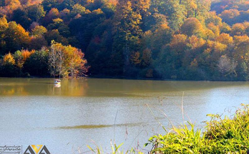 منظره زیبای دریاچه عروس رودبار