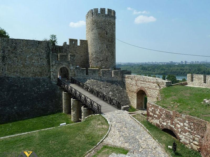 برج های تاریخی کالمگدان